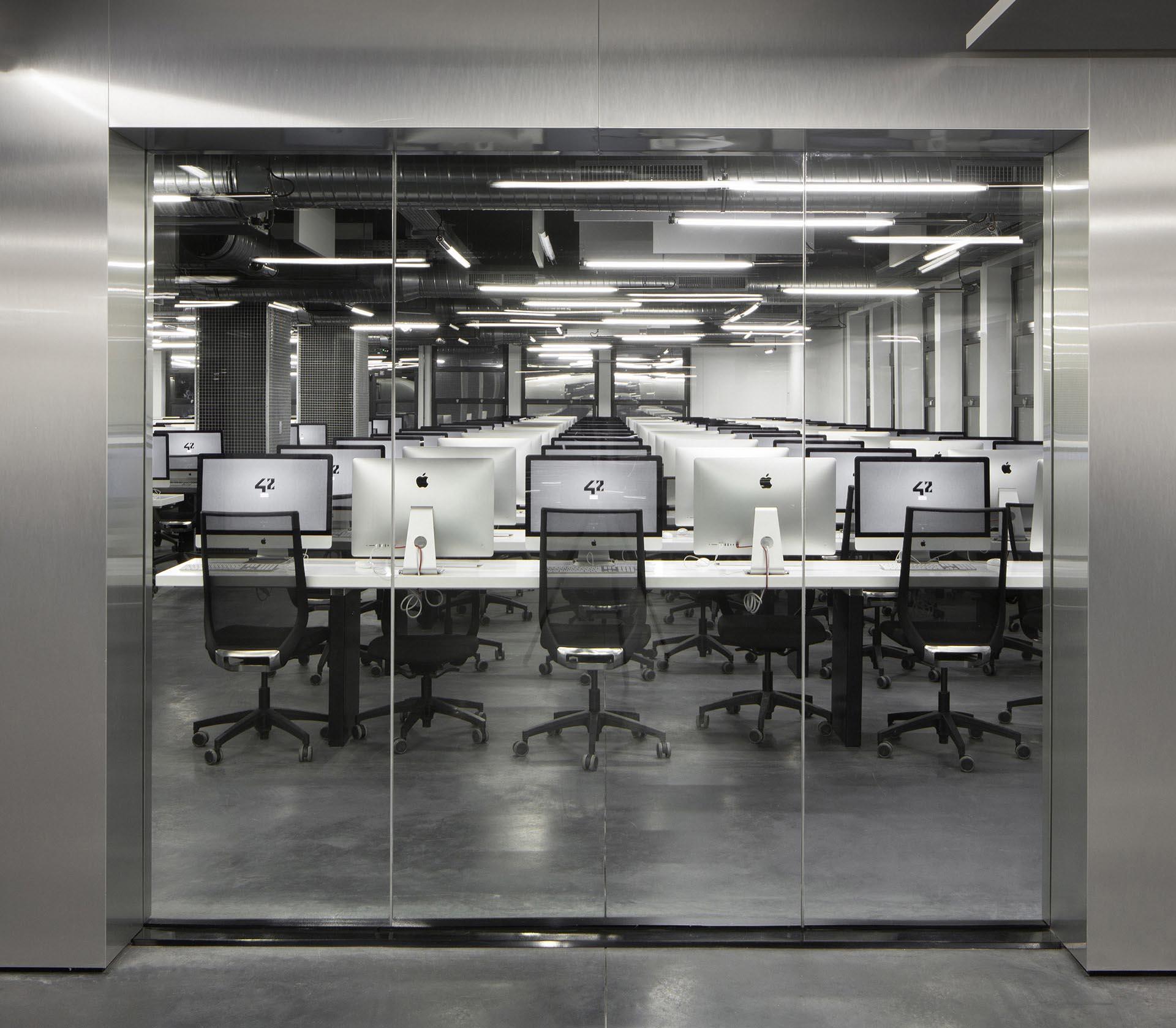 Ecole 42 - NOC 42 - AR Studio Architectures - Xavier NIEL - Kwame YAMGNANE - Florian BUCHER - Nicolas SADIRAC - Free - Reinventer Paris (16).jpg