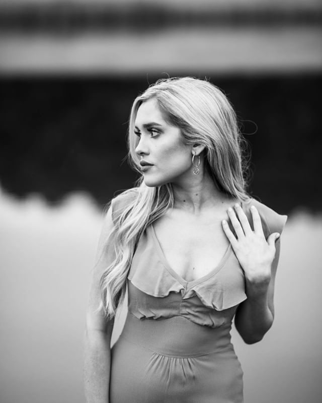 ❤️#lacikayebooth #americanidol #easttexas #texasgirl #livingston #charmeasttexas #magazine #editorial #coverphotoshoot #fashion #texasphotographer #idahophotographer
