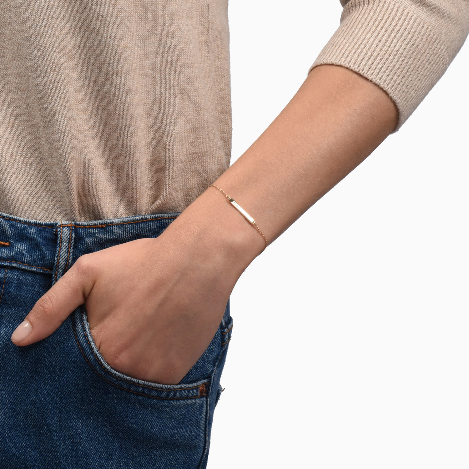 Nice + affordable jewelry - $49+ - MejuriMejuri is known for simple, elegant jewelry without the traditional markup. Engravable bracelets and dainty necklaces are sure to wow your new boo this Valentine's. Just stay away from rings ;)