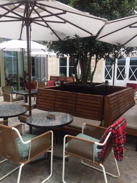 Hoxton-Hotel-Paris-terrasse-elisa-les-bons-tuyaux.JPG