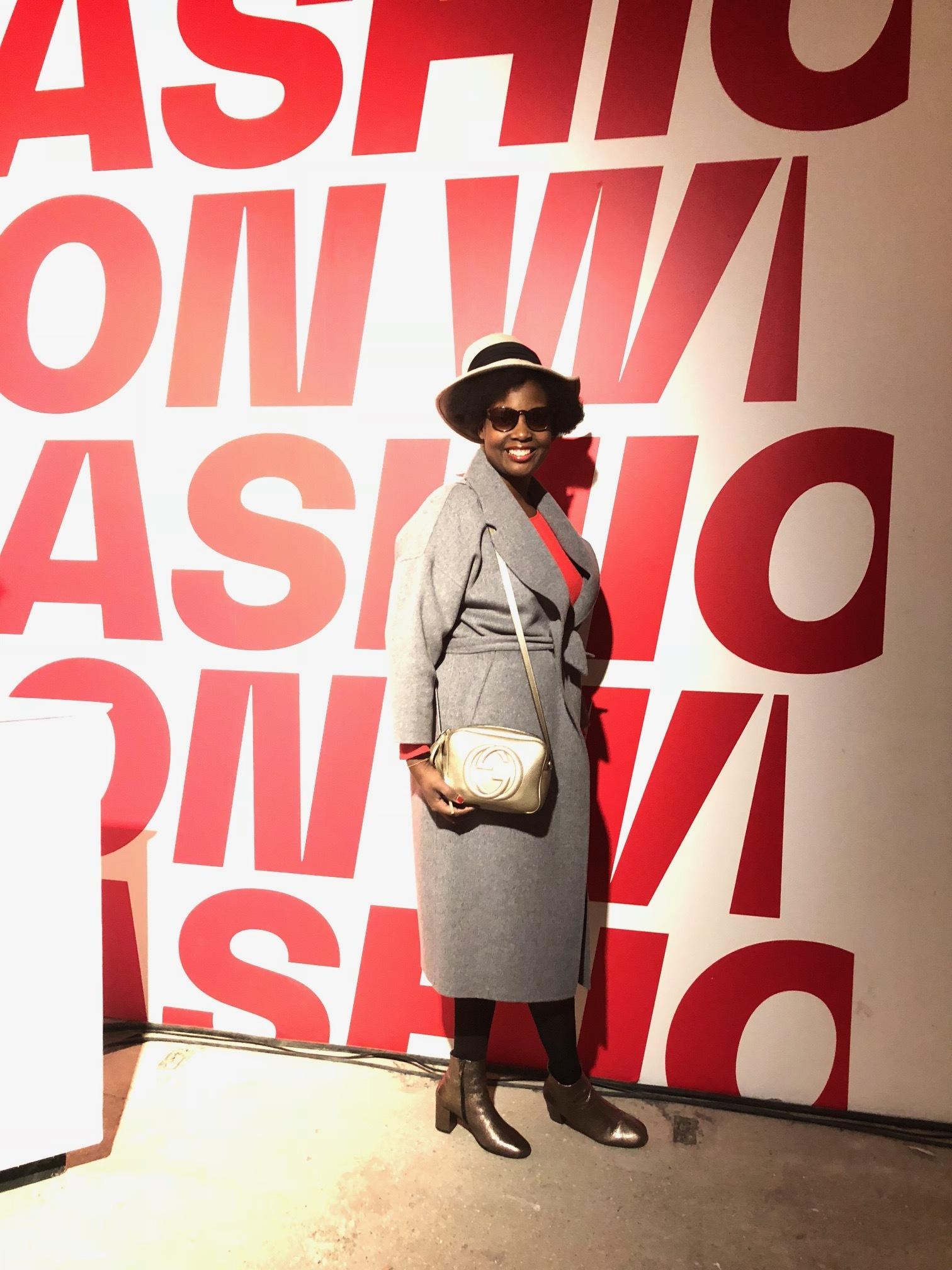 London-Fashion-week-festival-photocall-2-elisa-les-bons-tuyaux.jpg