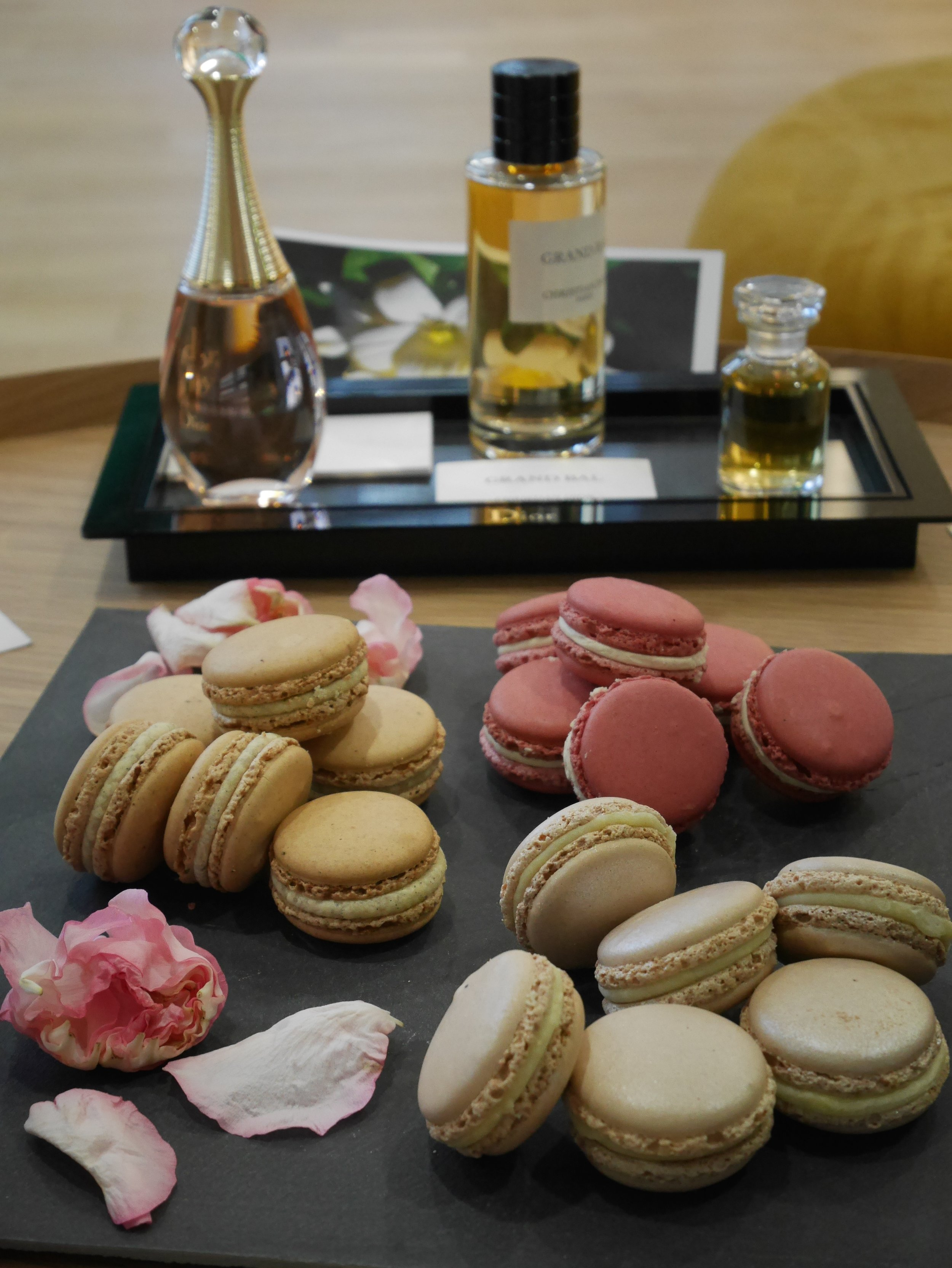 Atelier-olfactif-tea-time-Dior-BHV-elisa-les-bons-tuyaux-3.jpg