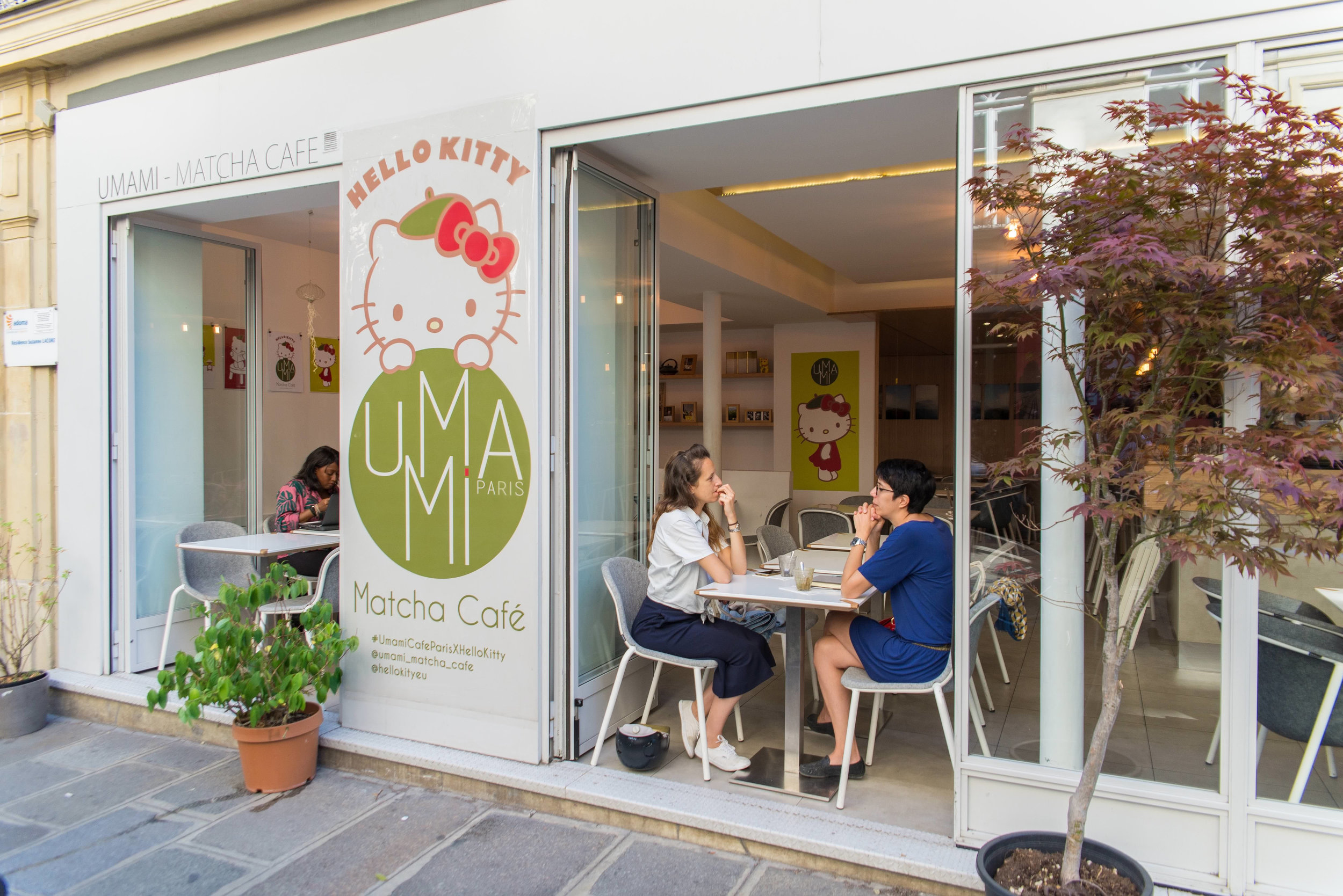 Umami-matcha-cafe-hello-kitty-elisa-les-bons-tuyaux-1.jpg