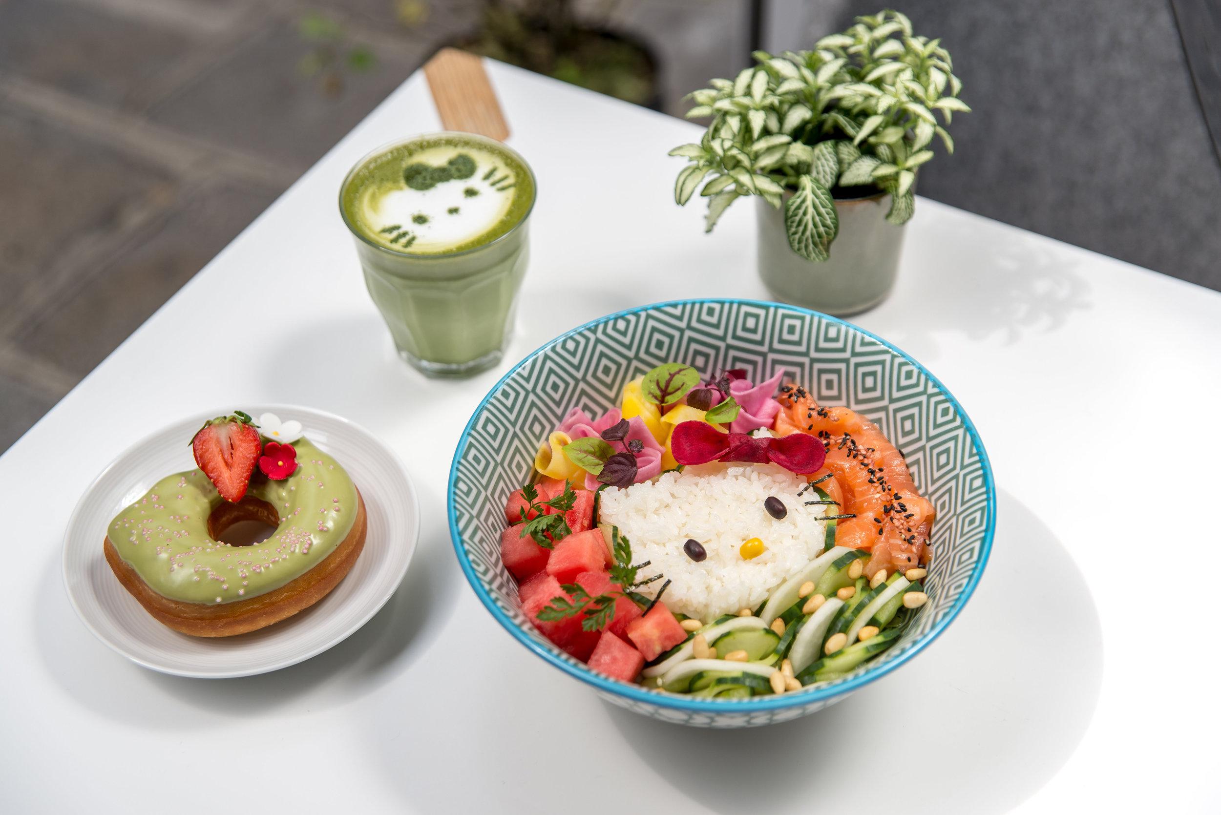 Umami-Matcha-Café-Hello-Kitty-elisa-les-bons-tuyaux-3.jpg