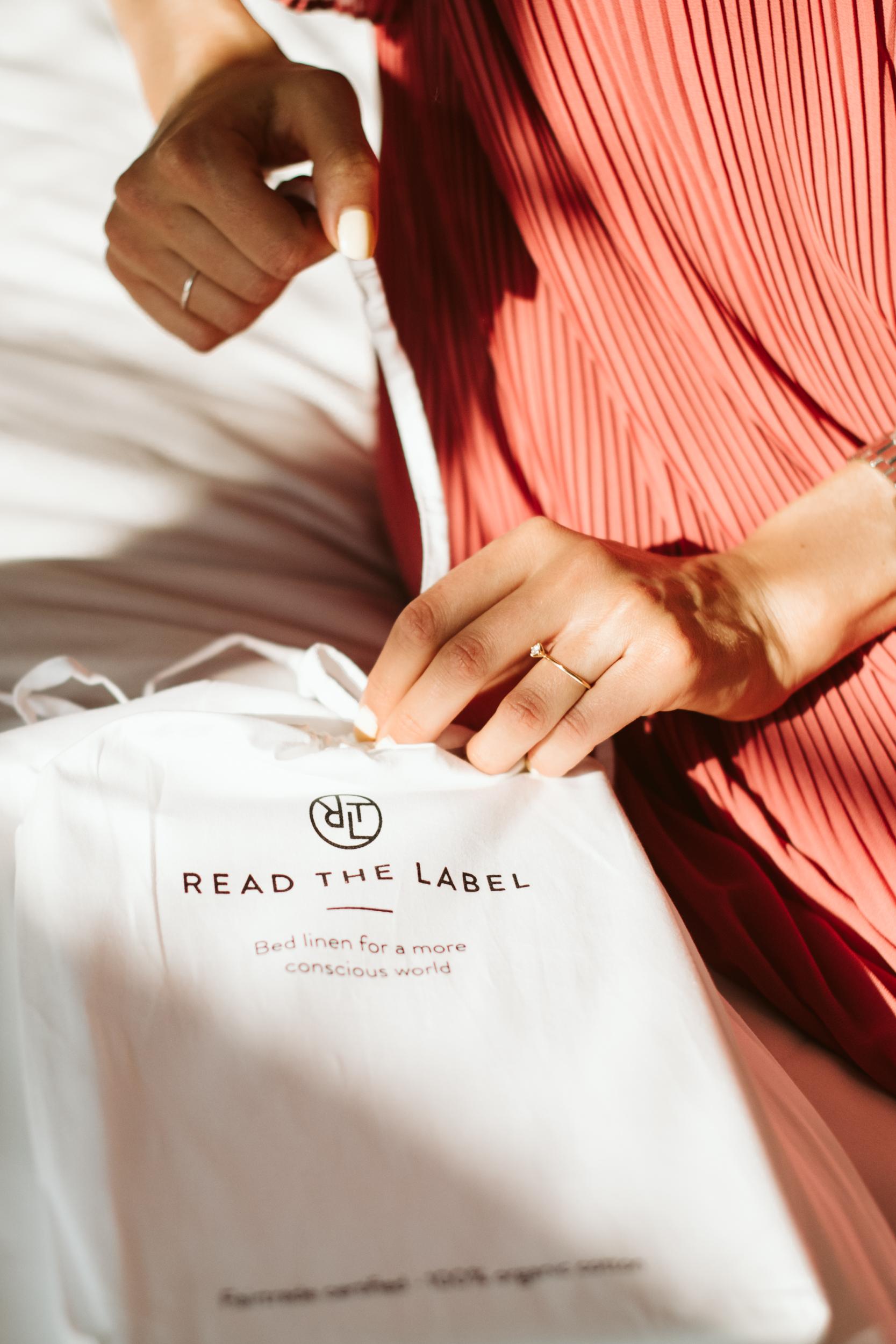 read-the-label-fotograf-nadja-endler-6452.jpg