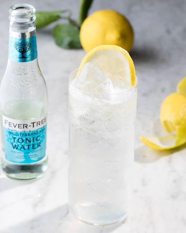 The Poco-Sonic. . Inspired by the fashionable Japanese highball . Highball glass . Ice cold ice. Yes that sounds obvious but you don't want to use 'wet ice' that been hanging around, the drink need to be as cold as possible so dilution is keep to a minimum at the start . 35ml Pococello 🍋 . Top up with half and half Soda and Tonic . #lemonsgiveyoulife #limoncello🍋