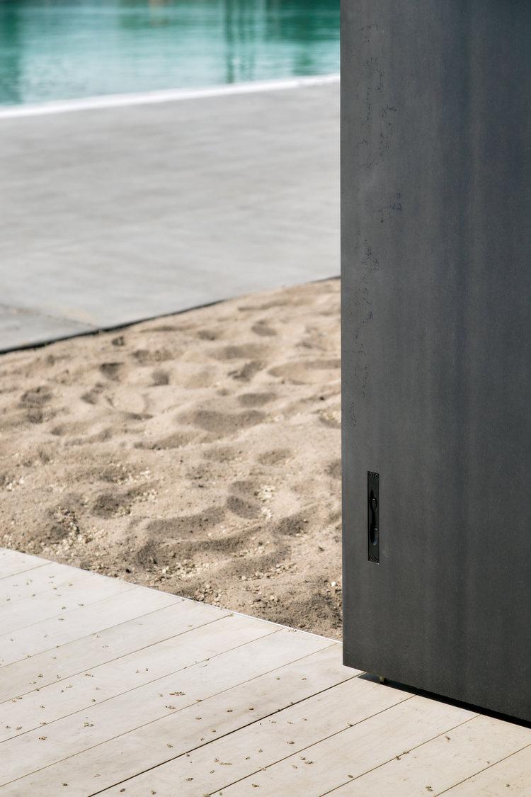 gh3-NSE02-door+detail.jpg