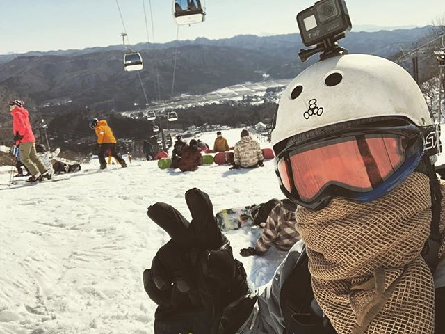 Felt cute. Might delete later. My first time snowboarding!! New vlog will be posted on my channel! Link in bio!!