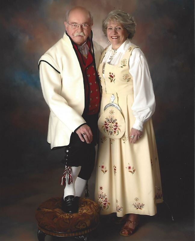 2011 - Dick & Barb Entwistle