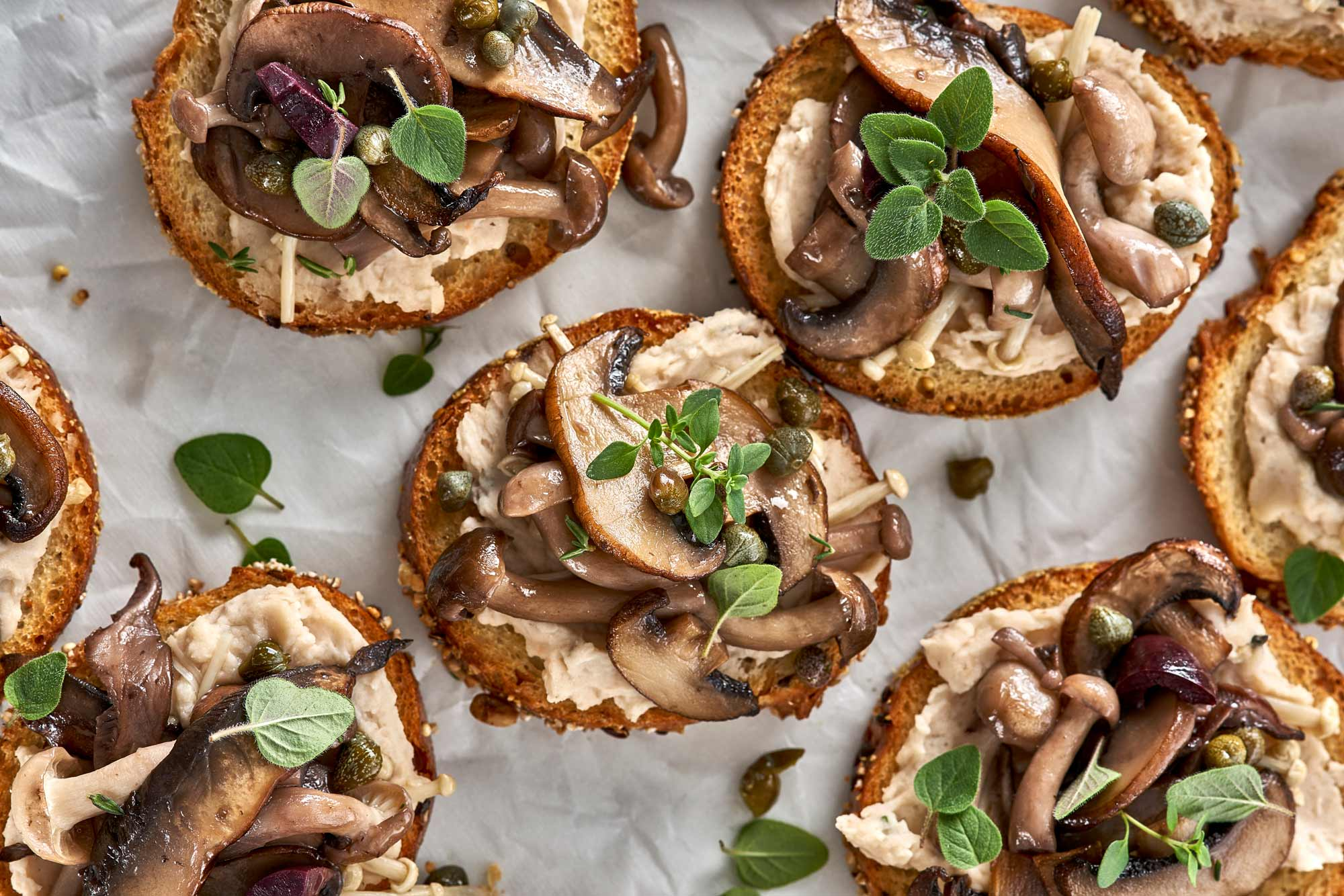 Recipe_MushroomCrostini_LouAndSue809.jpg