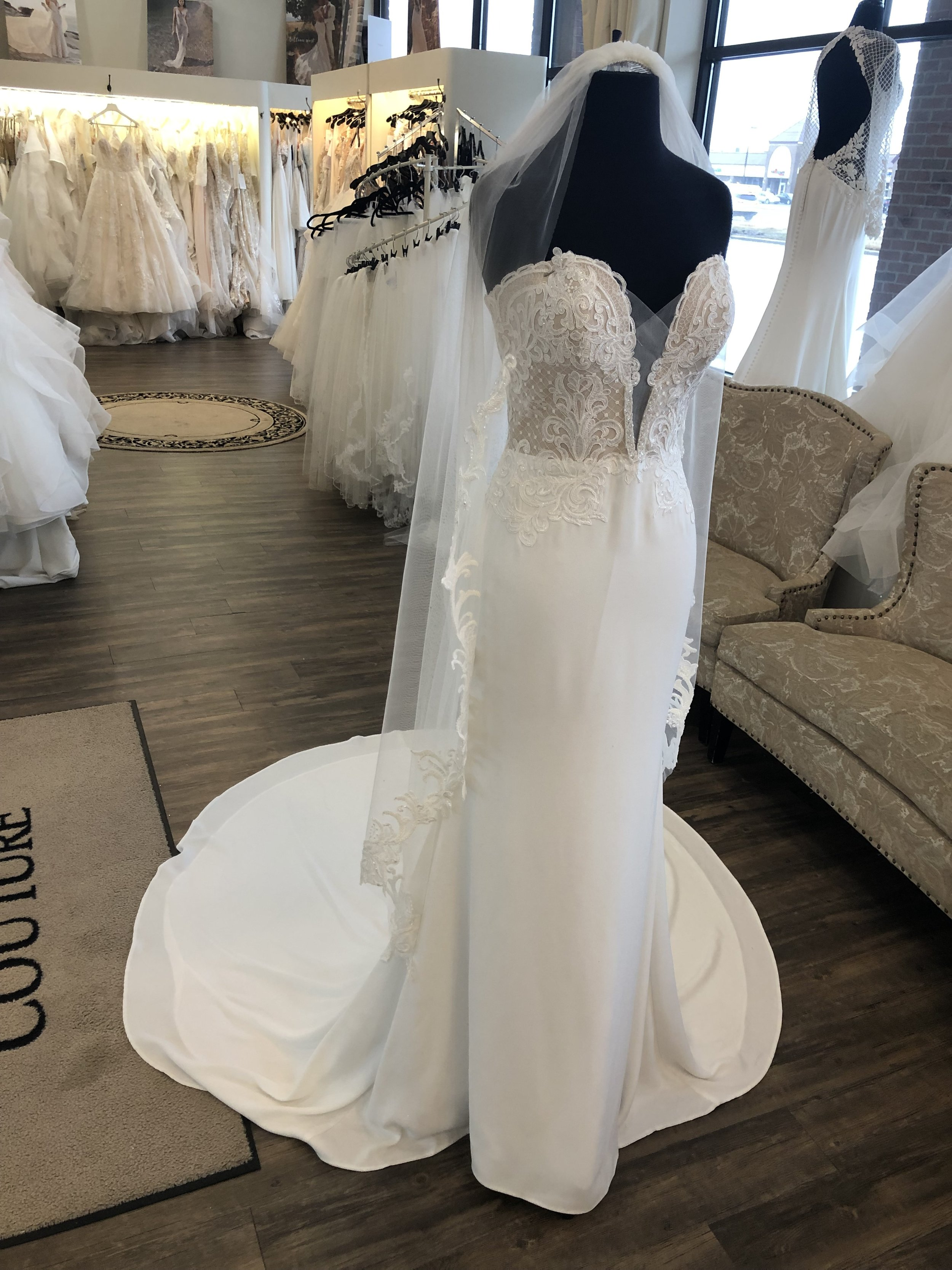 Calla Blanche ANKLE length veil