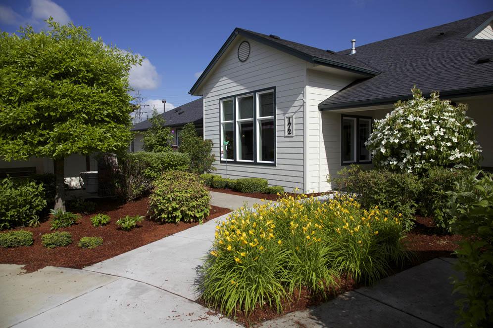 Gateway-Gardens-Residential-Memory-Care-Eugene-Oregon-14.jpg