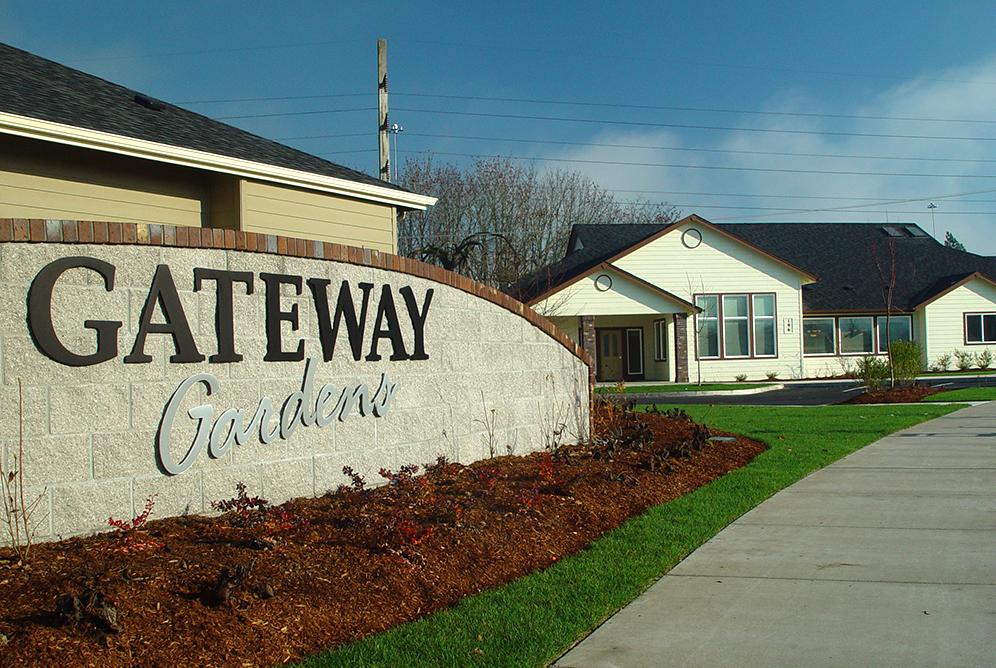 GatewayGardens-Ext-2.jpg