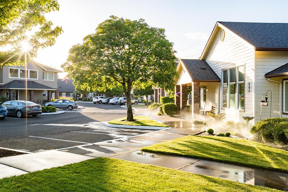 Gateway-Gardens-Residential-Memory-Care-Eugene-Oregon-Tour.jpg