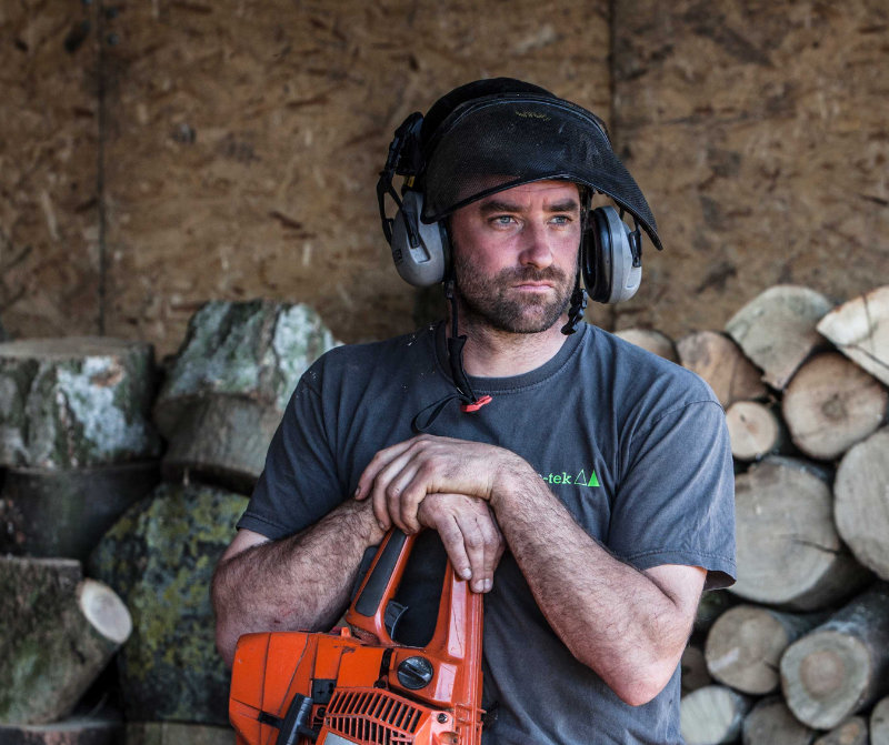 Our Story….. - After more than 10 years working in the arboricultural industry, Carl had spent many years working for various companies watching how thing should (and shouldn't) be done. Taking a big leap of faith Carl Stedman founded the family business in May 2013.From the begining, tree-tek has strived to provide the best quality tree care and personal service to all our clients and we believe this to be the one of the main reasons behind our success as a company.