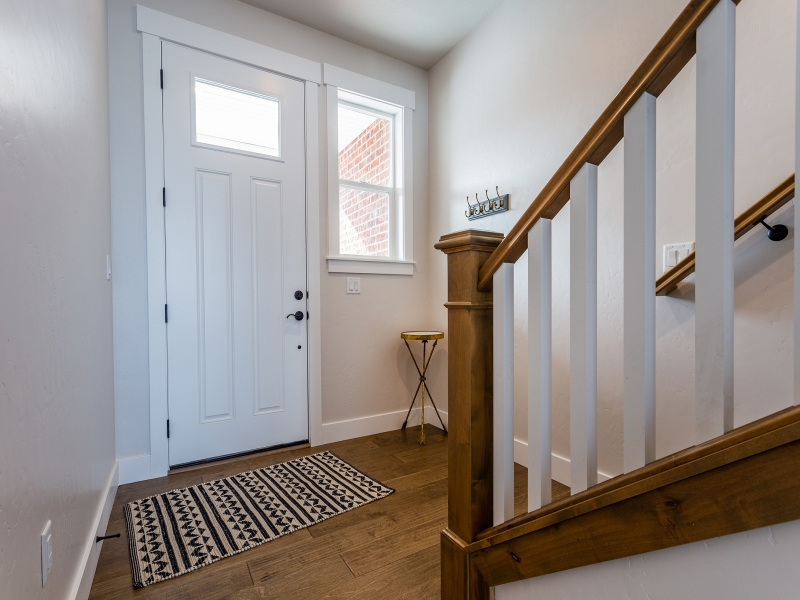 Staircase_800x600_3221880.jpg