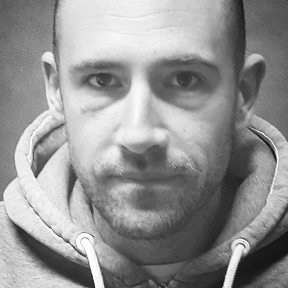 Jan Cesnik Slusni center ReSound slusni aparati specialist za sluh ORL
