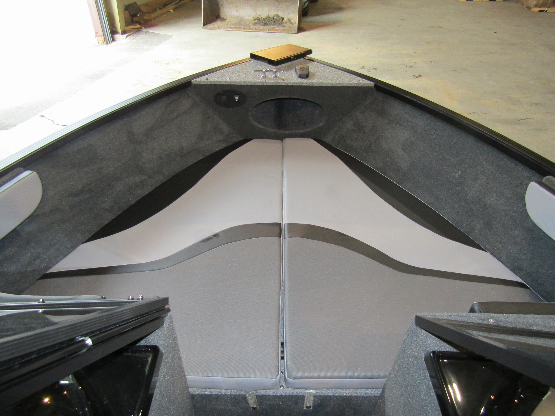 2019 Starweld 19DC FLEX Bow Seating.jpg