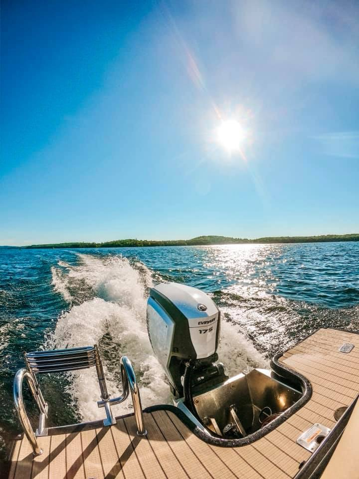 A Evinrude 150 outboard on Lake Winnipesaukee