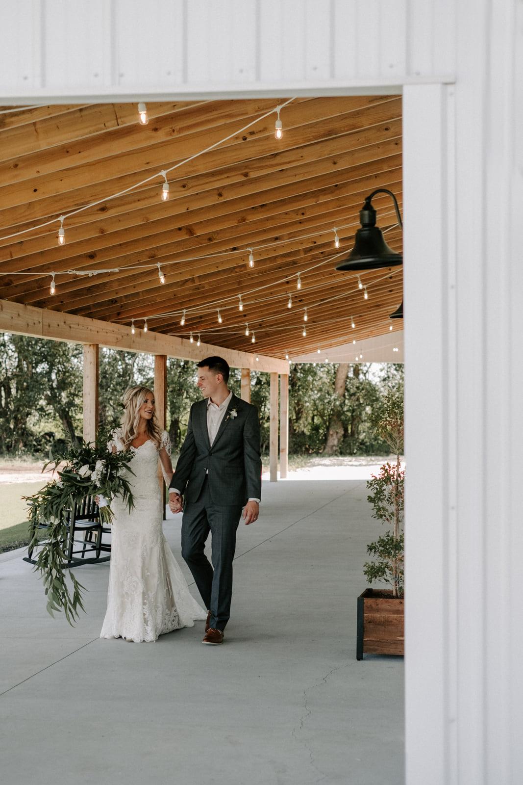 The-Barn-at-Grace-Hill-Wichita-Wedding-Venue-215.jpg