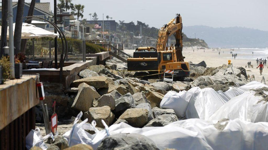 Seawalls and rocks protect homes from the ocean in Del Mar. (Union-Tribune file photo by K.C. Alfred)