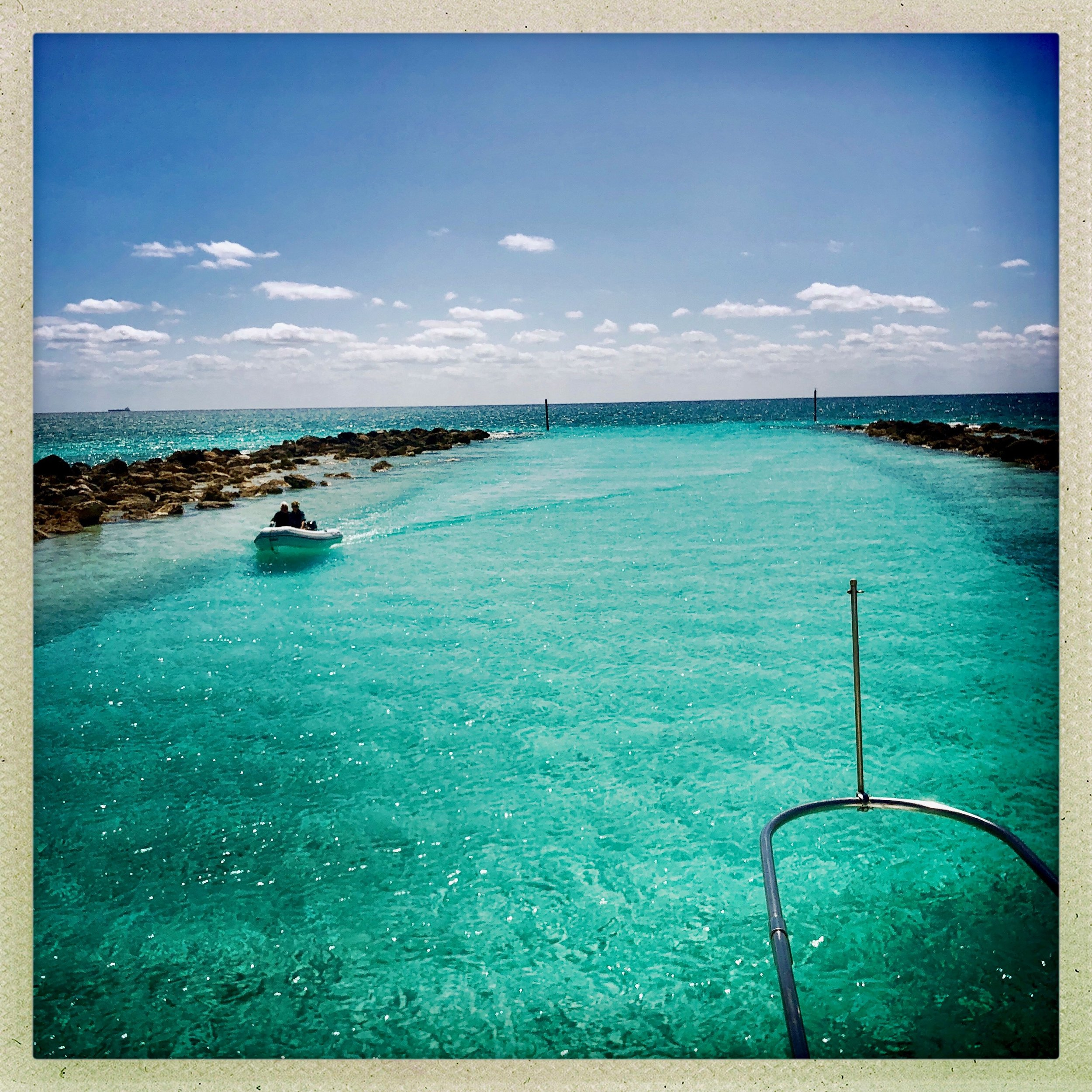 GRAND BAHAMA ISLAND GETAWAY - FREE Guide For Your Two-NIGHT STAY on Yacht SLAINTE