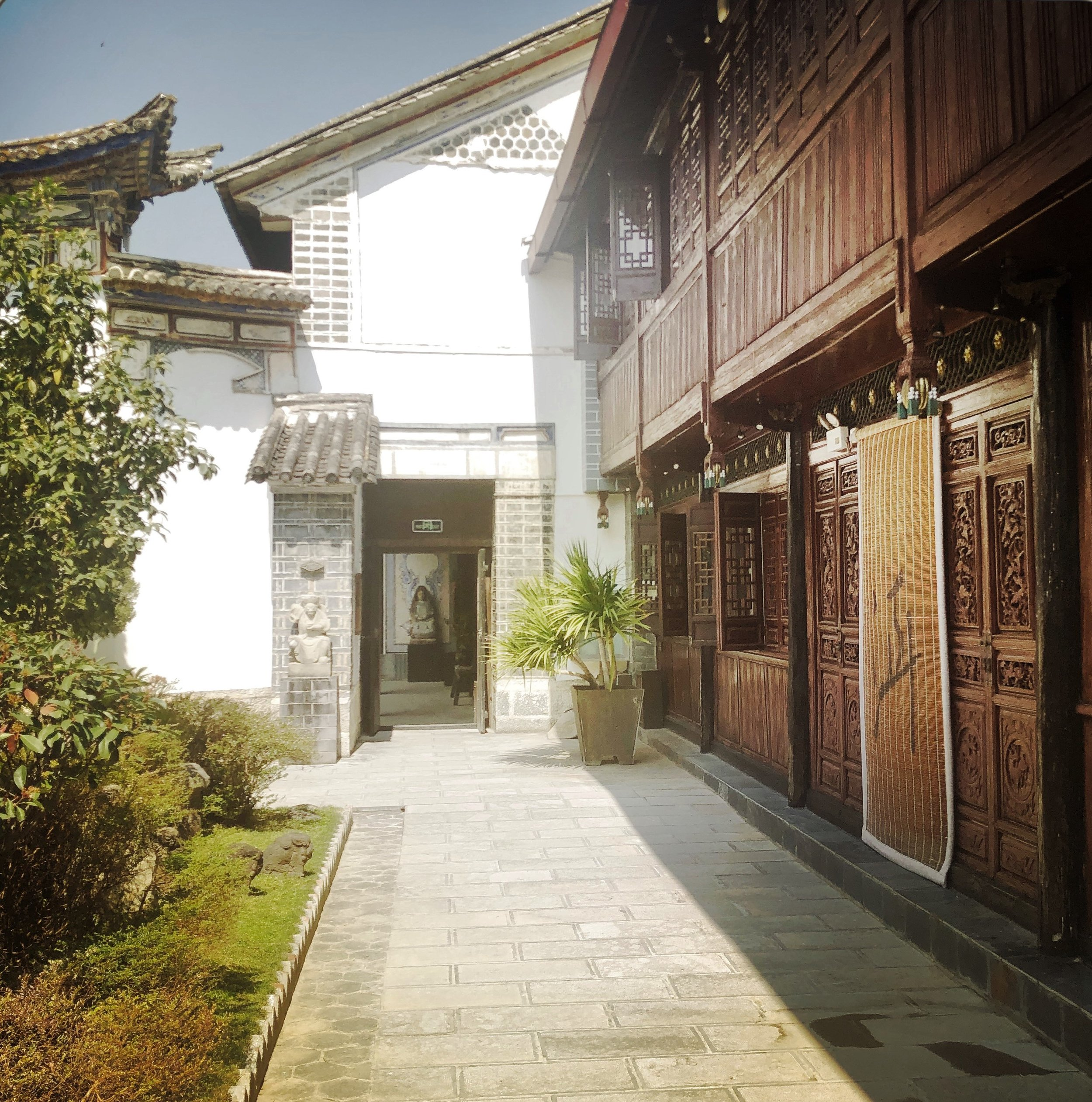 THE LINDEN CENTRE - XIZHOU TOWN, DALI CITY, YUNNAN, CHINA