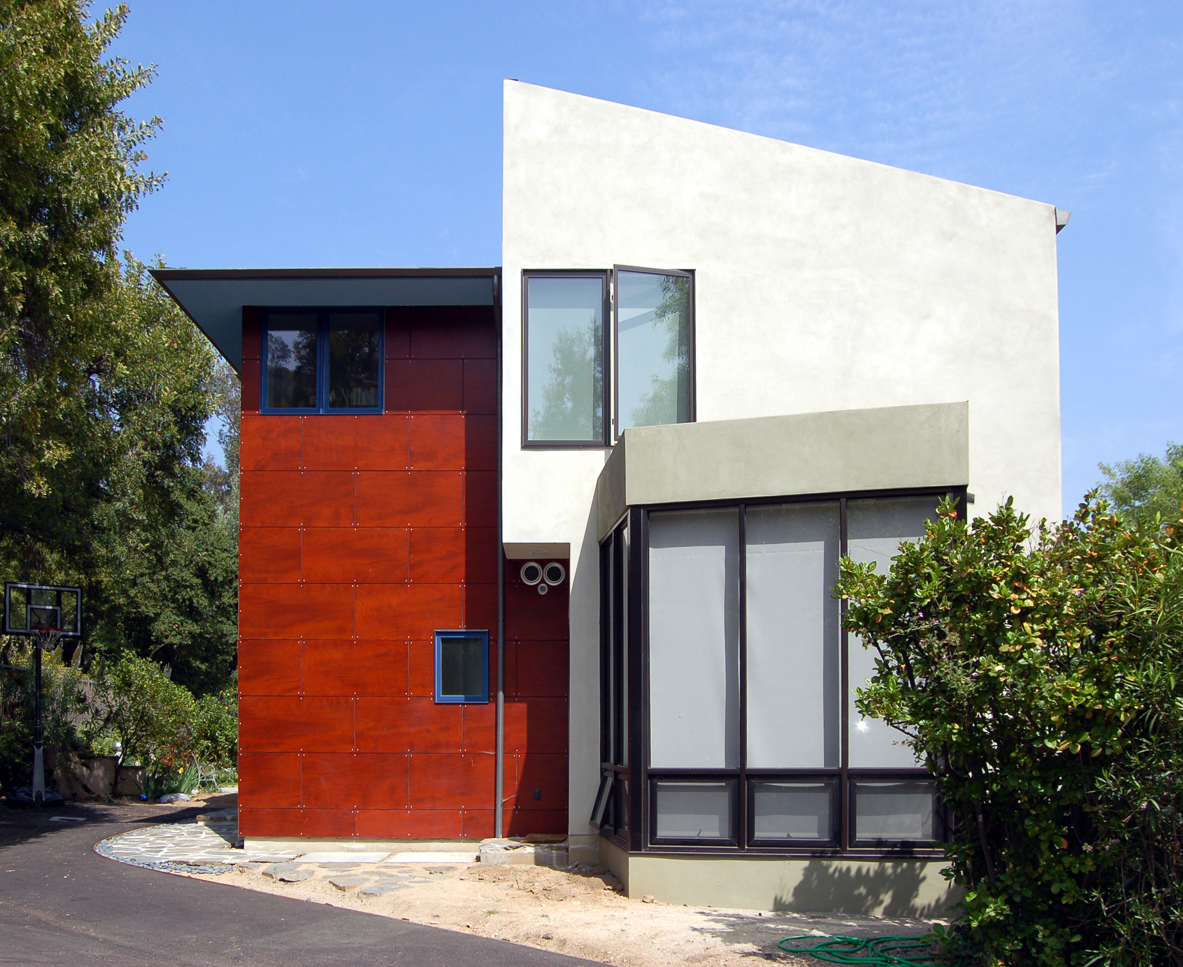knollwood-contemporary-entry2.jpg