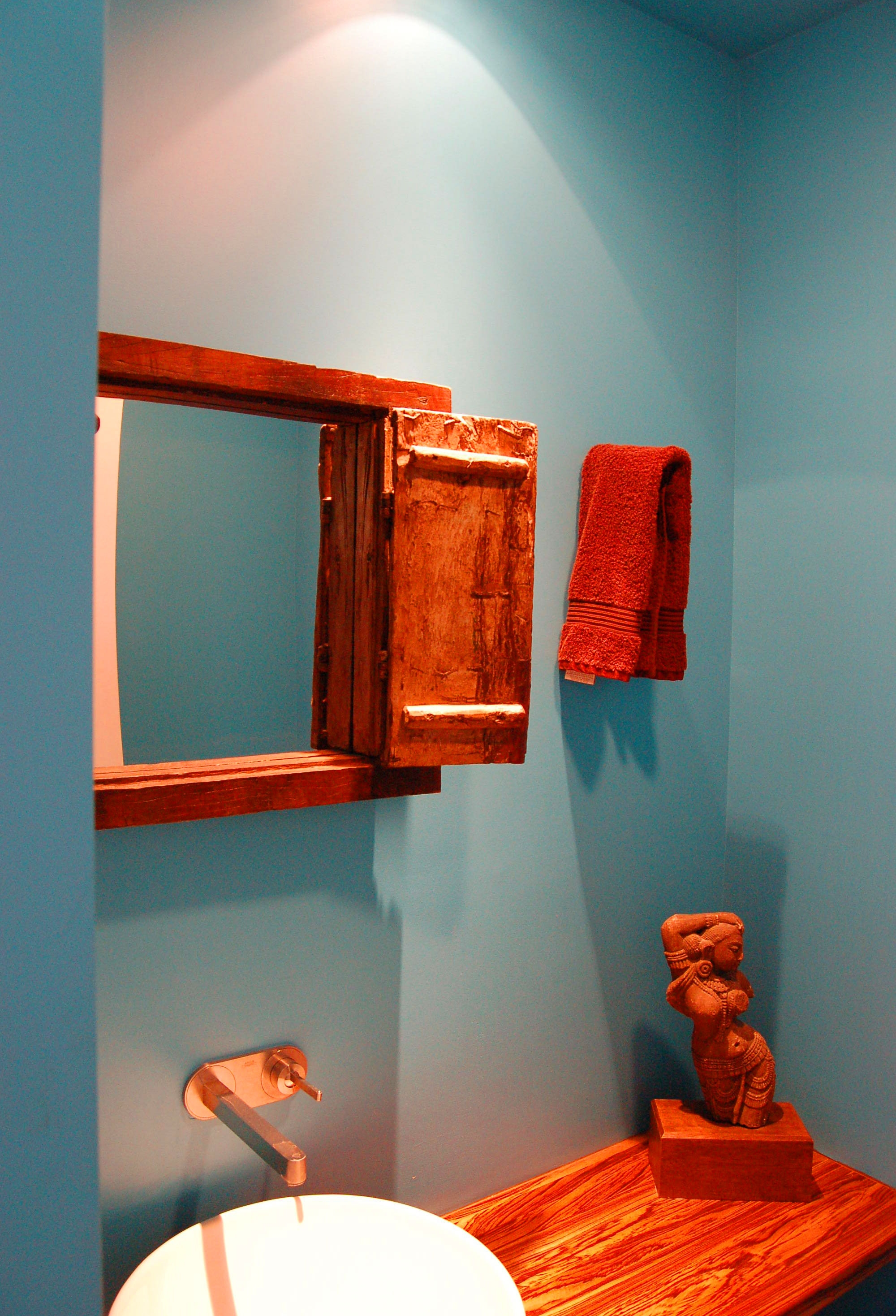 inverness-contemporary-bath.jpg
