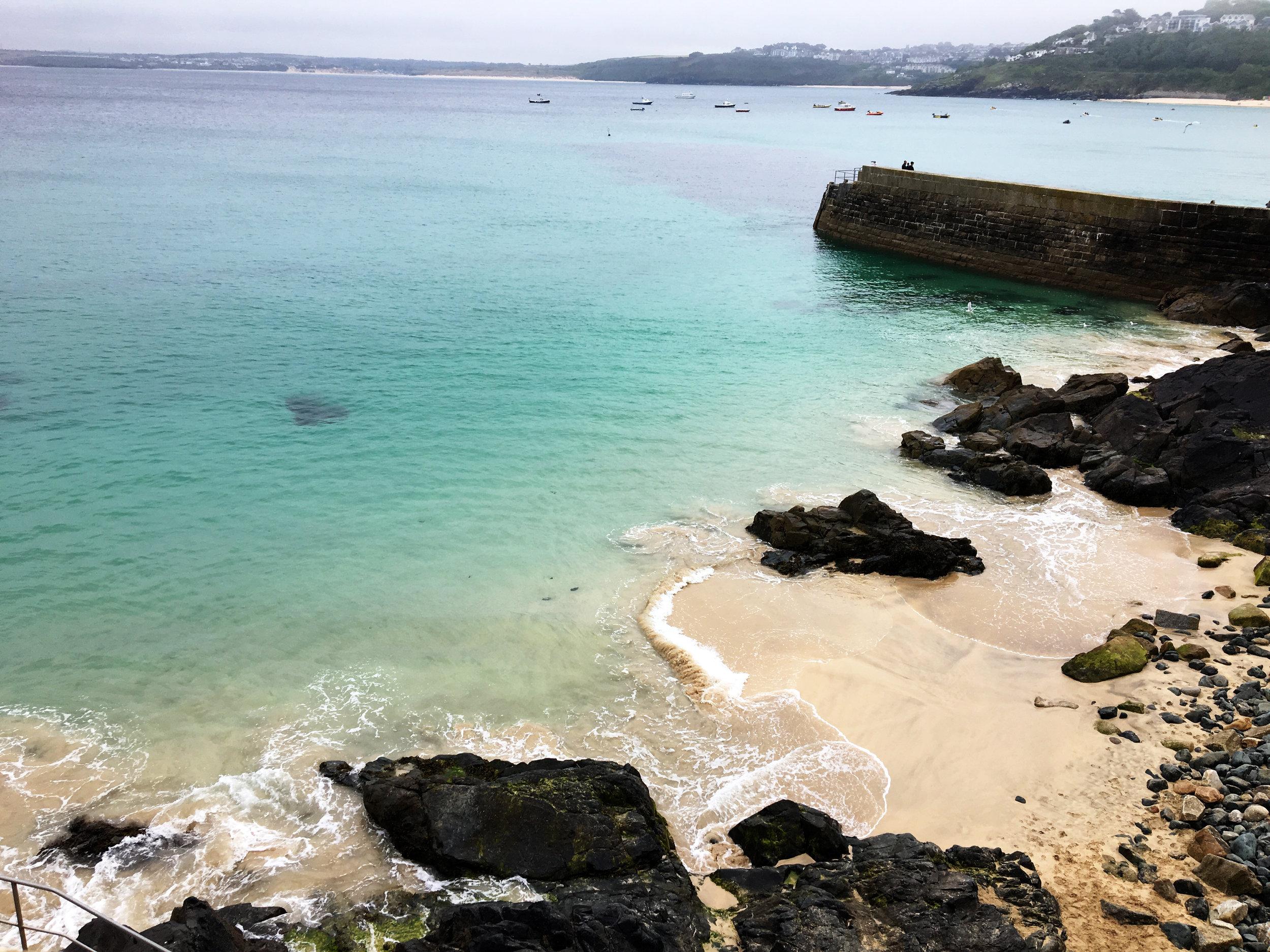 Cornwall Beach Travel Guide
