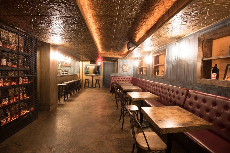 Slane Irish bar and in Murray Hill-9826.jpg