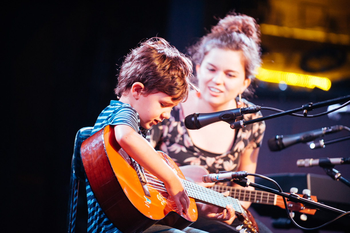 little-boy-playing-guitar