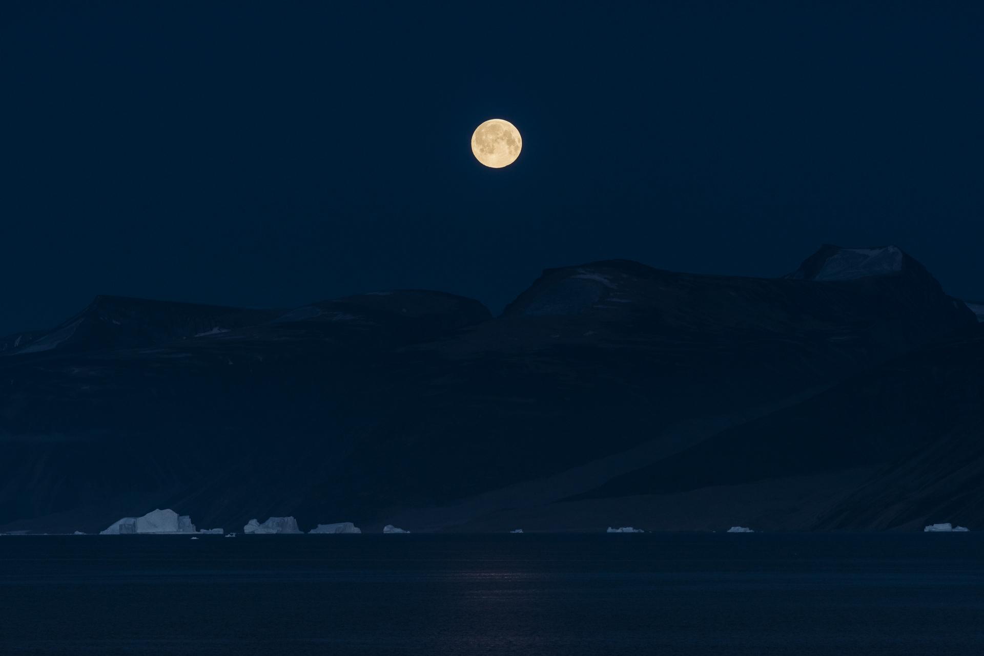 Defibaugh_Greenland_Uummannaq_a_3.jpg