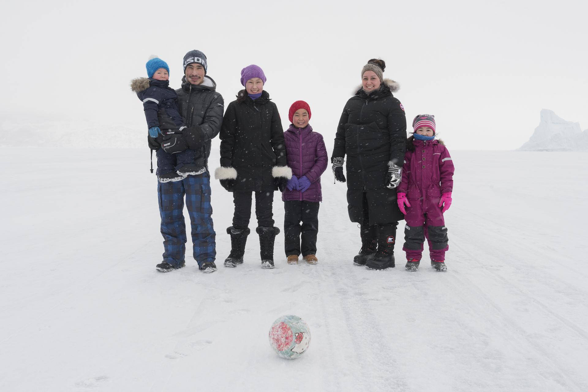 30.Defibaugh_Greenland_Uummannaq_a_120.jpg