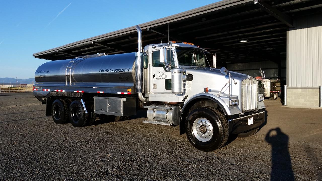 T8 Potable Water Truck