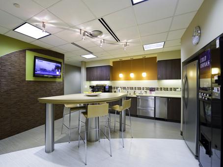 LED flatscreen Tv with long table