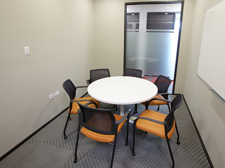 group meeting room with 6 chairs