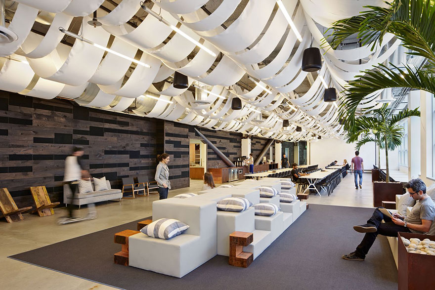 amazing-creative-workspaces-office-spaces-2-1.jpg