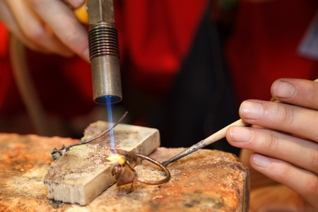 jewelry repairs with a laser welder
