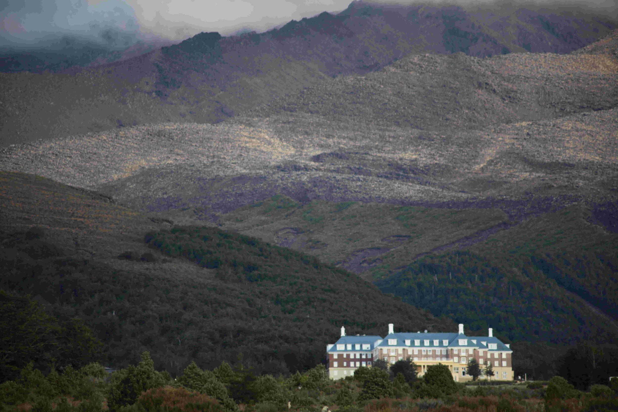 New Zealand mountain hotel