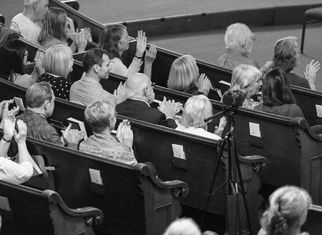 Can you feel the energy? 🎻👏 ------------ Photo: Ron St. Jean Photography   #noreechambersoloists #noree #concert #portsmouth #newhamphire #nh #community #share #music #love #passion #brahms #talent #beauty #photography #performance #classicalmusic #chambermusic #pianoquartet #piano #violin #viola #cello #church #audience #stage #tour  