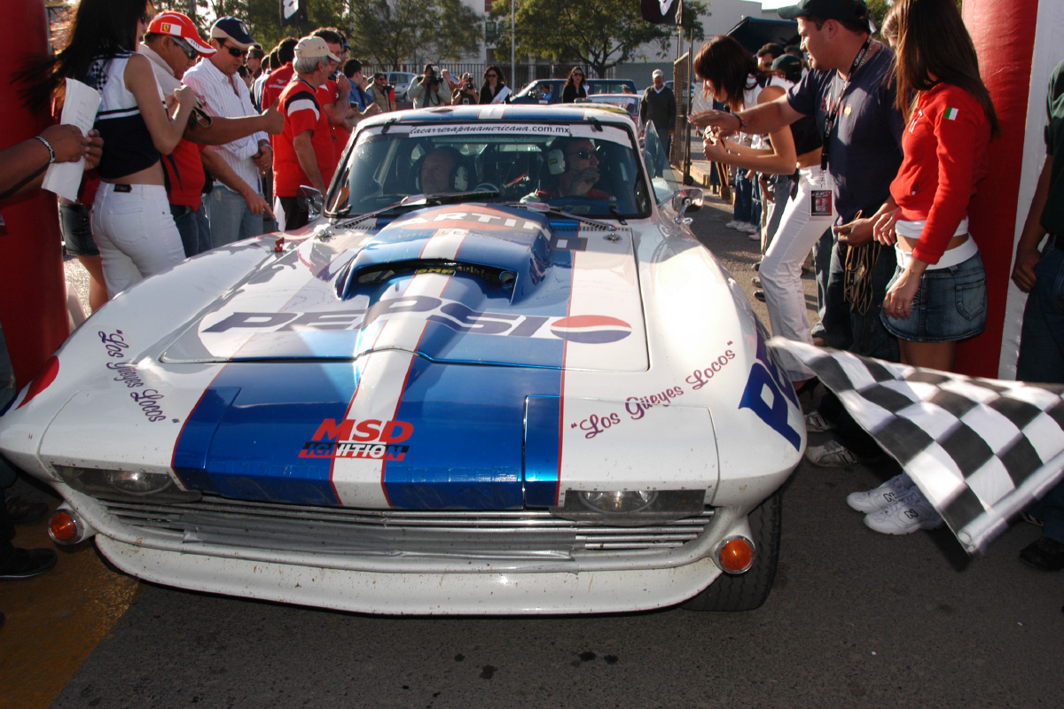 VRS 1965 Corvette at La Carrera Panamericana