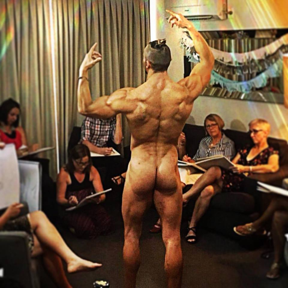 Hens party life drawing packages in Brisbane, Looking for interesting hens party ideas in Brisbane? Try nude art classes with a nude male model. Hens party entertainment in Brisbane.