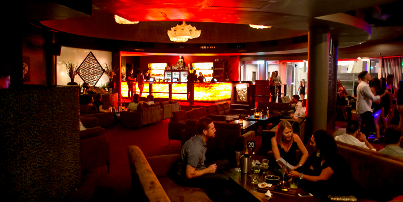Embrace the 'lounge' and laid back atmosphere of Shadow Lounge.