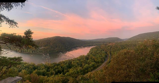 Good morning from the southern entrance of the Appalachian Trail in Maryland - South Mountain #southmountain #wevertoncliffs #wildeast #atstrong #wildeast #sunrise #potomacriver