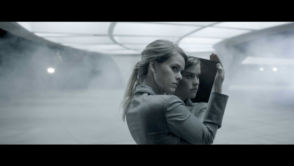 Alice Eve  on set at the Hirshorn