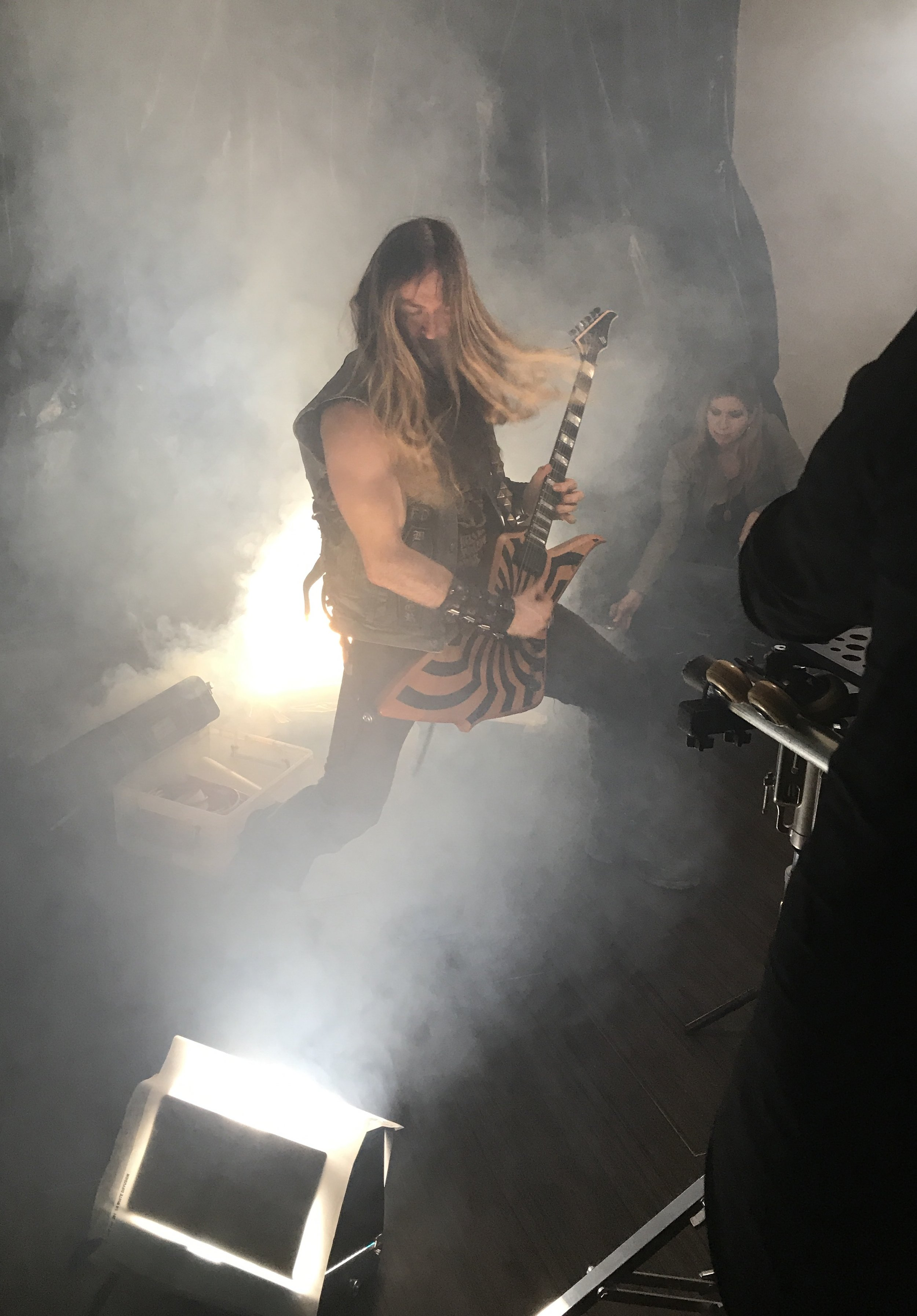 Zakk Wylde tearing it up on set of '   Un-Natural Disaster   ' video shoot!