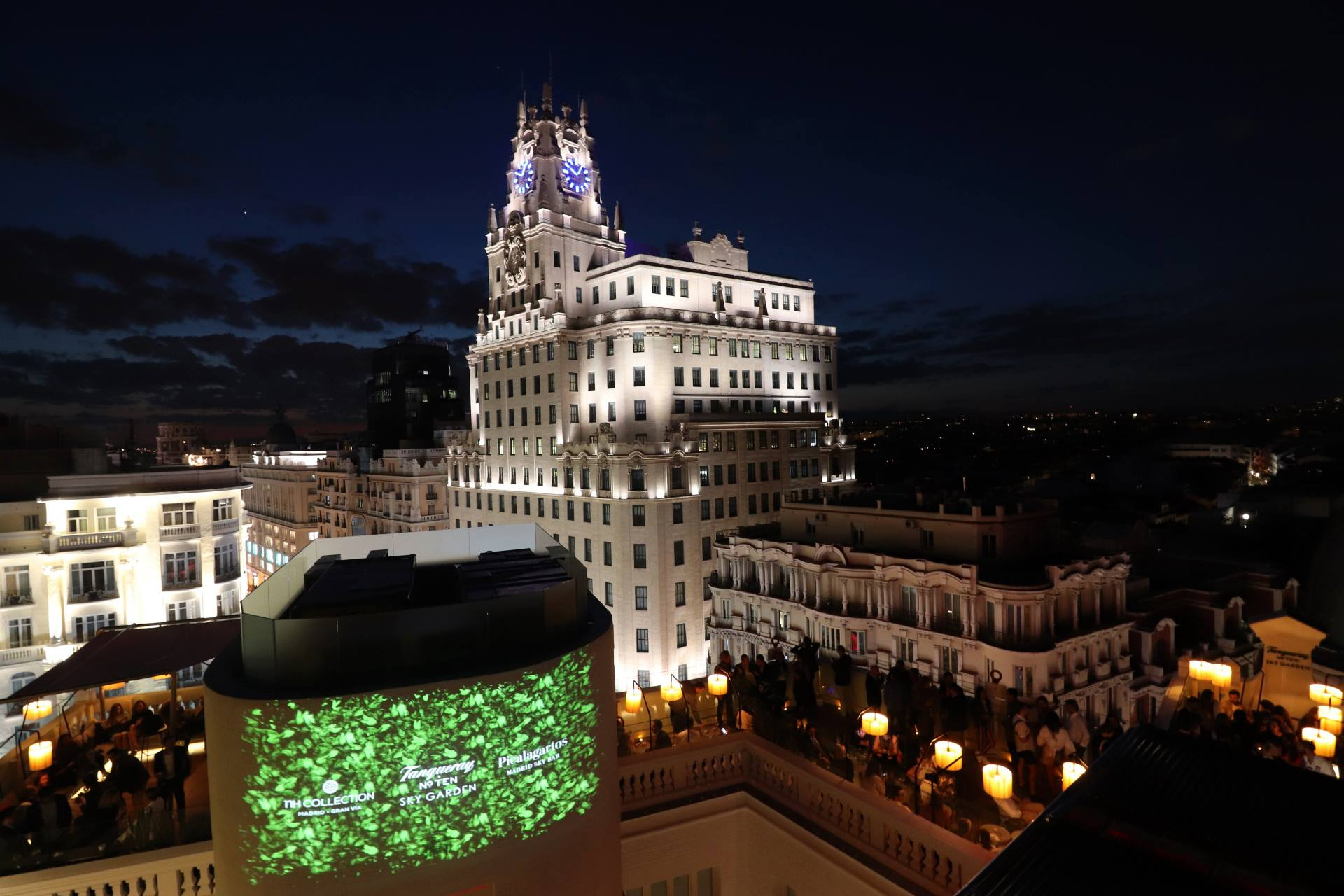 azotea grupo  · MADRID · UNIQUE SKY BARS IN THE CITY CENTER