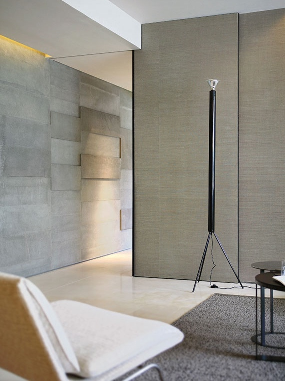 luminator-floor-castiglioni-flos-F37700-product-life-02-571x835.jpg