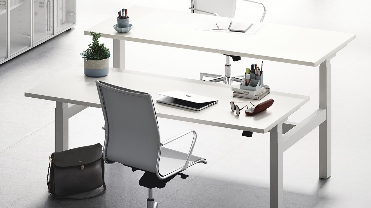 Framework lift-up desk.jpg